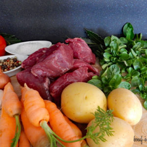 viande-a-mijoter-bourguignon_boeuf_blond-d'aquitaine_gaec-villeneuve_saint-maurice-etusson